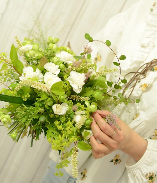 軽やかな花束