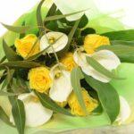 【花束】バラとカラーのダイナミック系